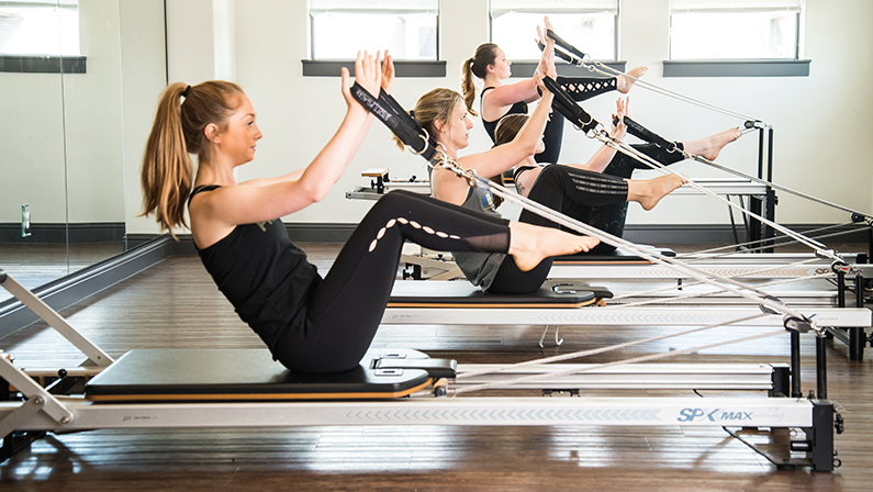 gallery-pilates-women